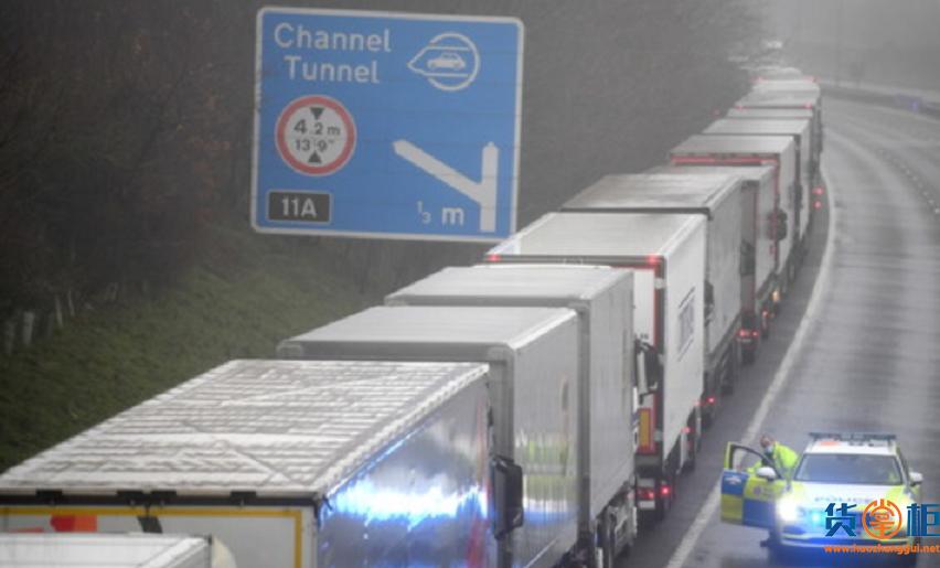 集装箱遭拒,物流拥堵,货物严重延误!紧急停飞航班!20多国对英国实施交通封锁,进出英国的货物限制!