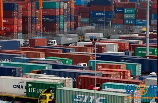 菲律宾海关拍卖、没收586个集装箱的货物,滞留超30天视为弃货
