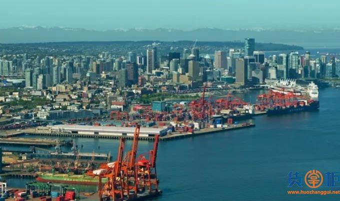 短短几周内,该国大港陷入严重拥堵