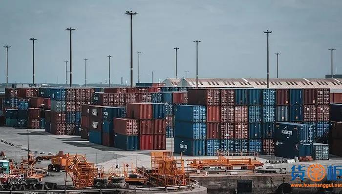 为缓解港口严重拥堵而实行24小时全天候运营的措施,面临严峻挑战